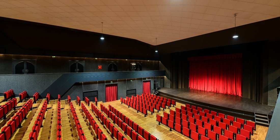 Teatro Antonio Coslovich Umago Croazia 2