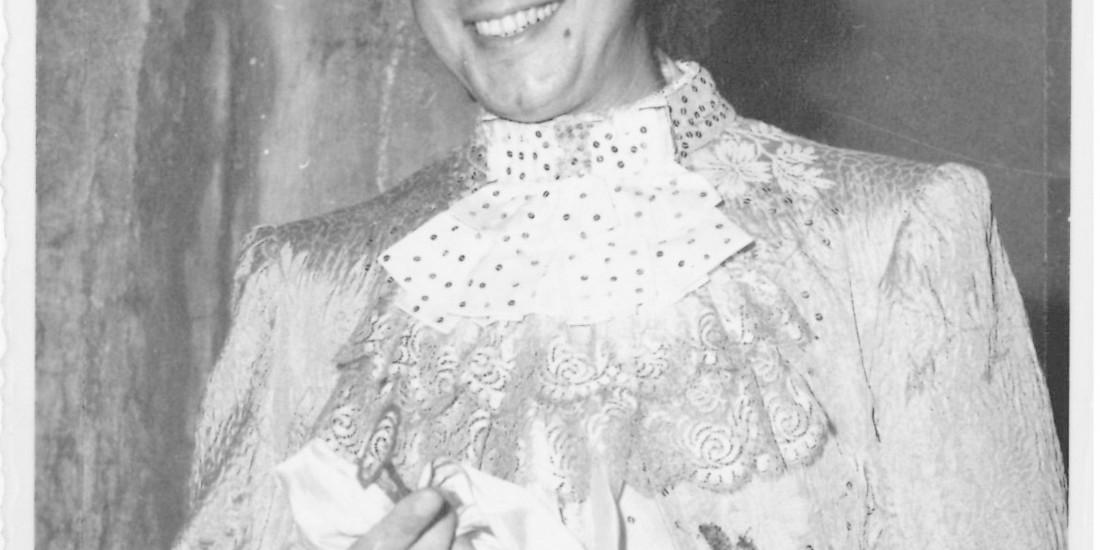Mario Roat nella parte di Leilo ne Il Bugiardo di Goldoni (1965)