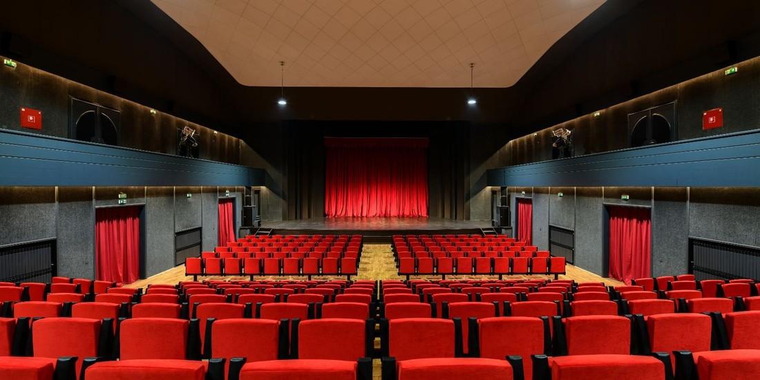 Teatro Antonio Coslovich Umago Croazia 1